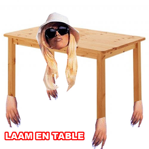 Laam en table